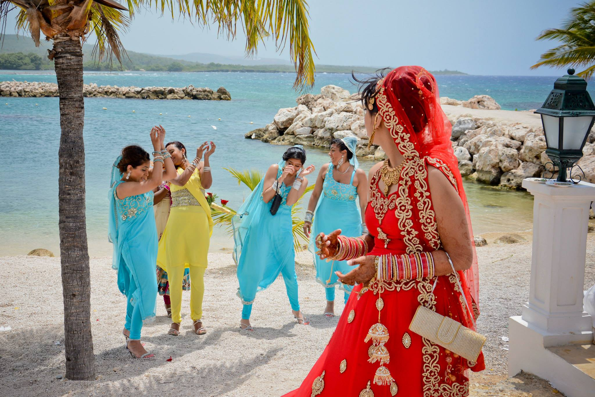Wedding Packages Toronto | Destination Weddings ON | Weddings Abroad